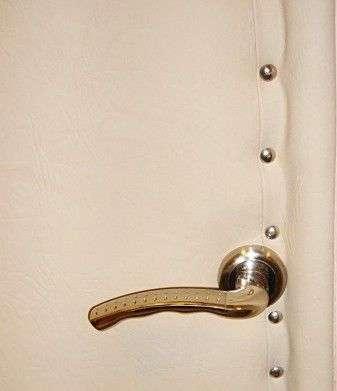 Двері в лазню своїми руками