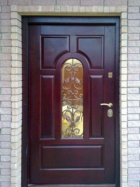 Вхідні двері в квартиру яку вибрати