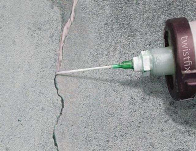 Як фарбувати водоемульсійною фарбою стіни
