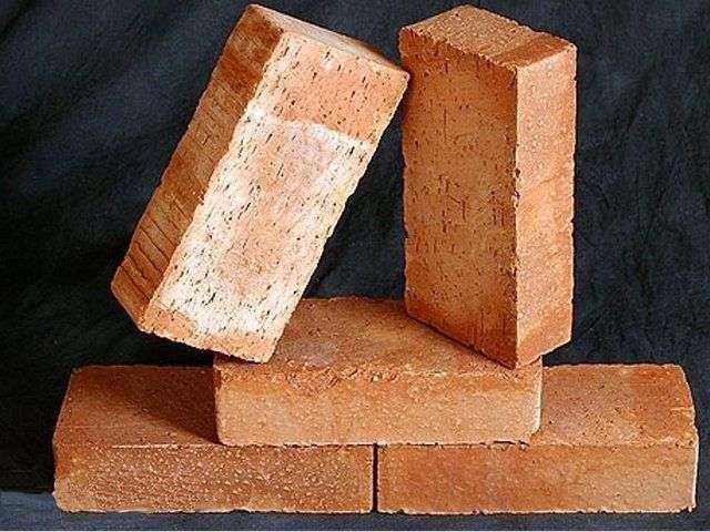 Кутовий камін своїми руками