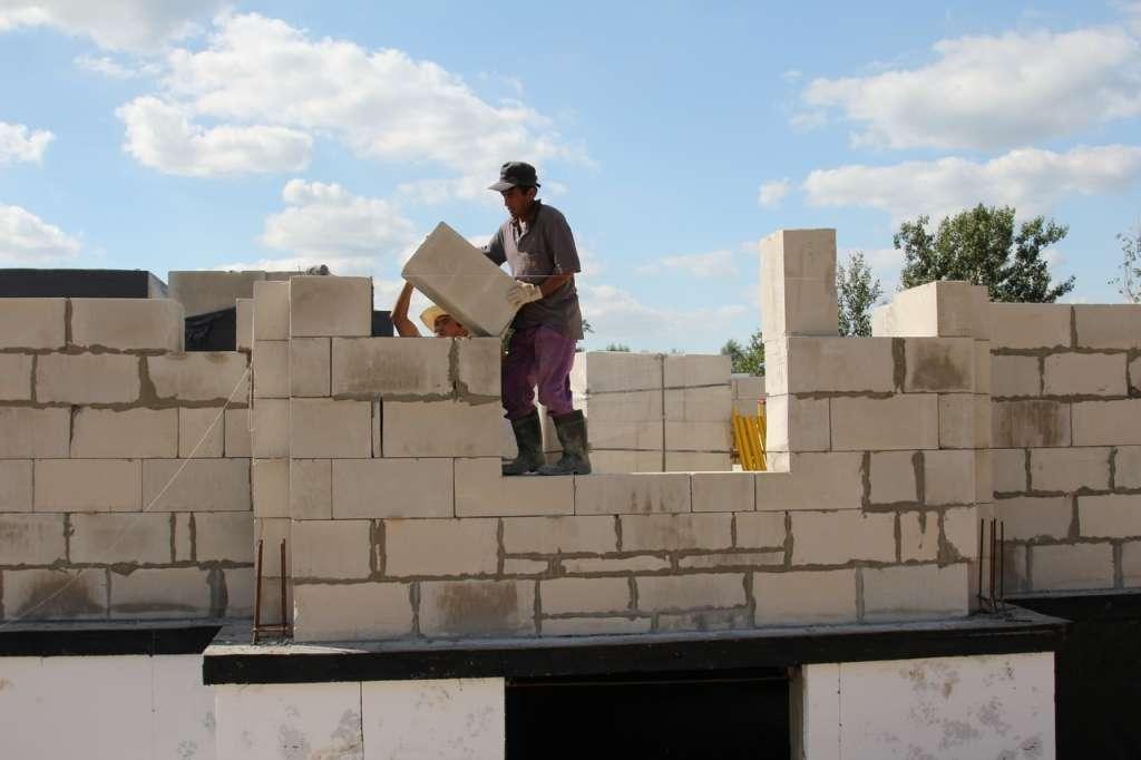 Сколько стоит построить дом из газоблока своими руками калькулятор 13