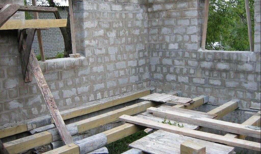 Будівництво будинку з піноблоків