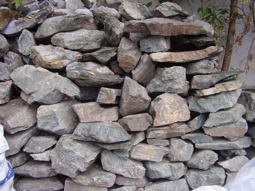 Паркан з каменю своїми руками